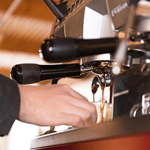 THE COFFEE Kisarazu(ザ コーヒー木更津)の空間