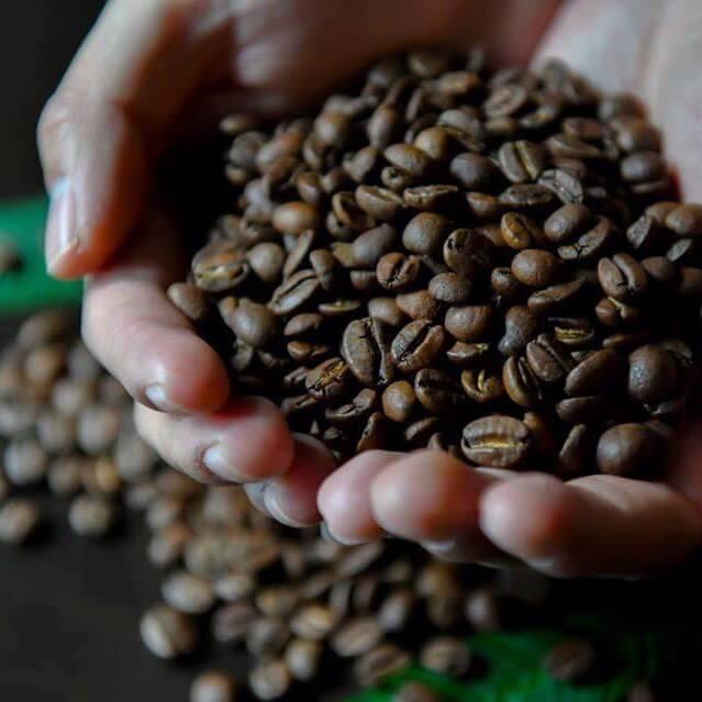 コーヒーの酸には大きく分けて二つ種類があります。それは良質な酸とそうではない酸です。